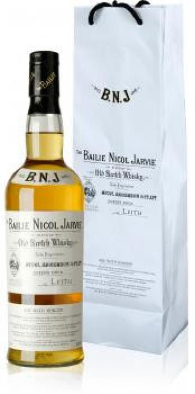 """Bailie Nicol Jarvie"" Very Old Reserve, gift pack"