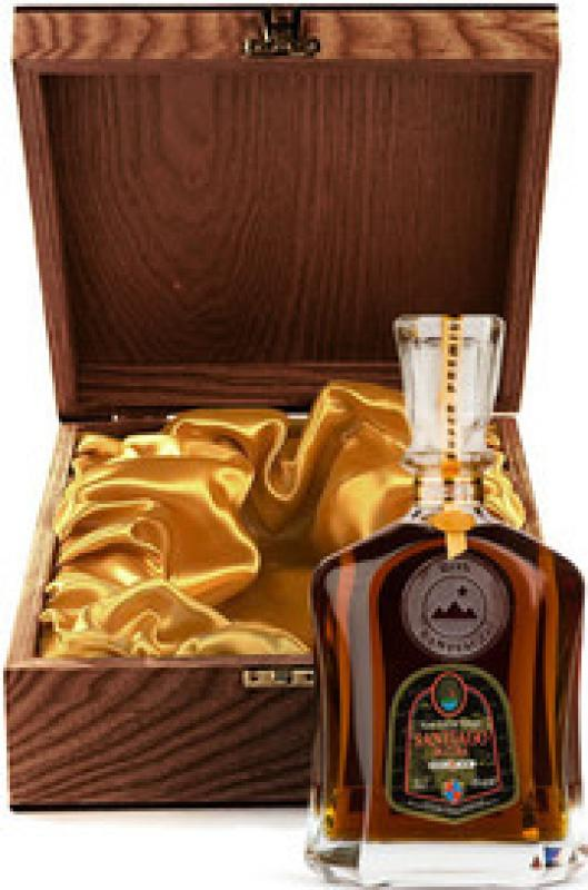 "Santiago de Cuba, ""Extra Anejo"", 25 years old, wooden box"