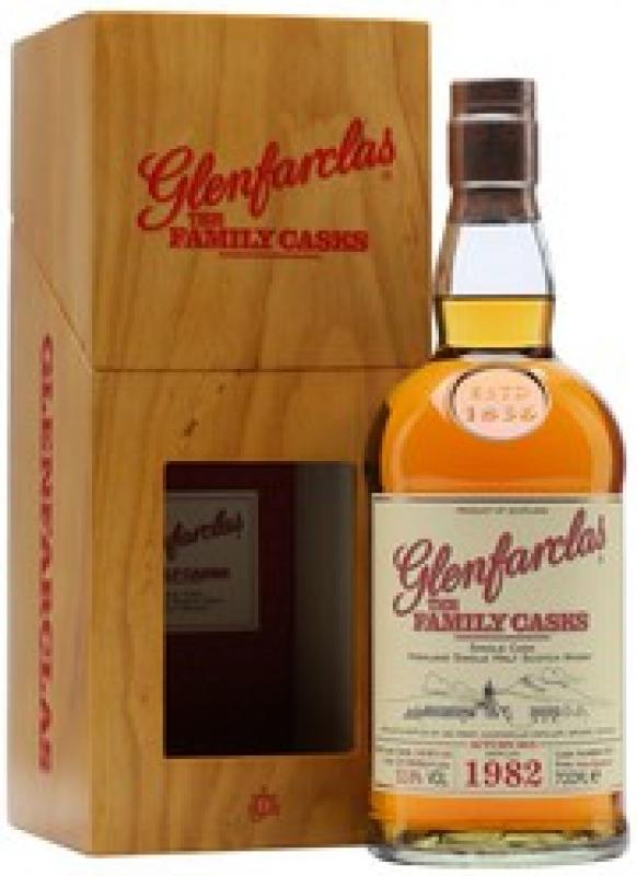 Glenfarclas 1982 Family Casks (53,8%), in gift box