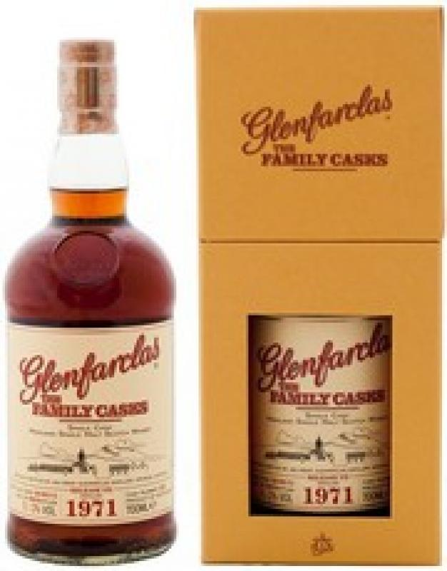 "Glenfarclas 1971 ""Family Casks"" (51%), in gift box"