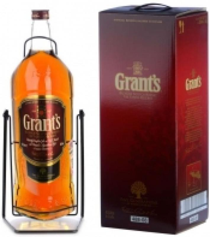 Grant's Family Reserve, with cradle & gift box
