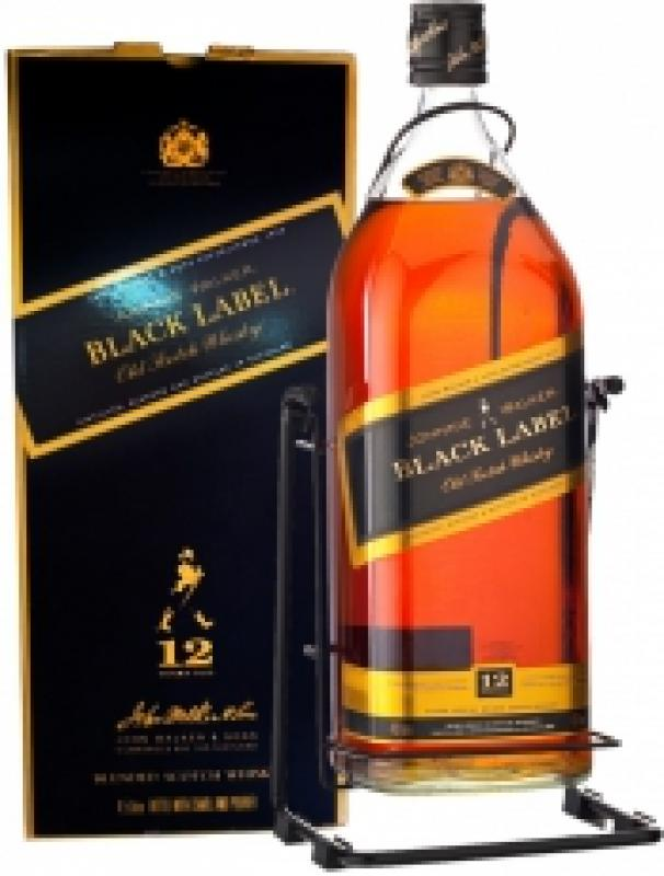 "Johnnie Walker, ""Black Label"", with box swing"