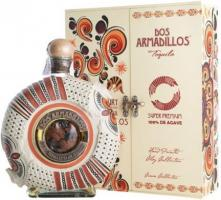 """Dos Armadillos"" Extra Anejo (Painted Clay), gift box"